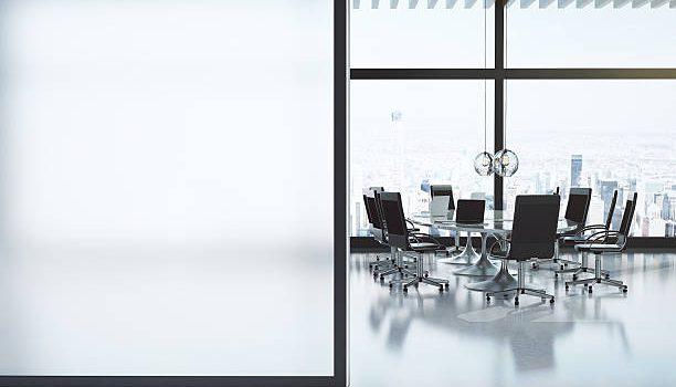 Ergonomische werkplek door verstelbaar sta bureau